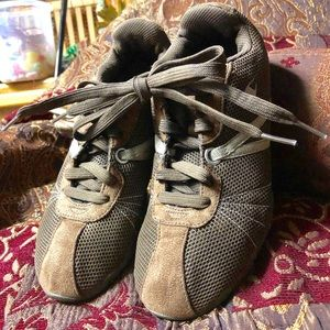 CHAMPION-Athletic Shoes-Juniors 6.5W